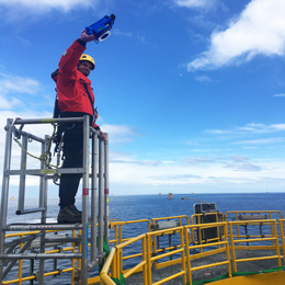 Flange measurement offshore
